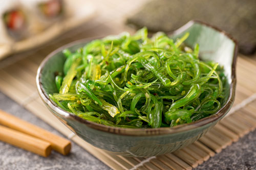 Oral Health Benefits that Come with Eating Seaweed
